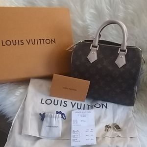 New authentic Louis Vuitton speedy 25